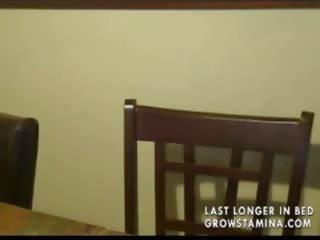 galerija blowjob međurasni mršava djevojka špricati